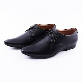 SPOTLIVE Men Black Slip-On Formal Shoes