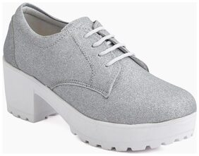 Meriggiare Women Silver Casual Shoes