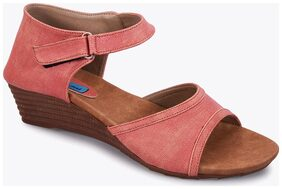 Meriggiare Women Pink Wedges