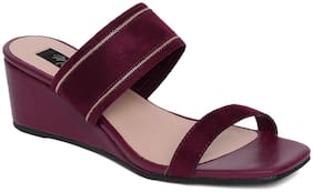 Mode by Red Tape Women Burgundy Wedges