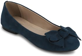 Mode by Red Tape Women Blue Bellies