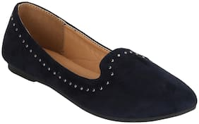 Mode by Red Tape Women Navy Blue Bellie