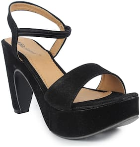 MONAQI Women Black Sandals