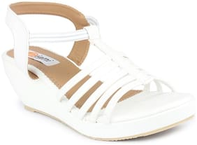 MONAQI Women White Sandals