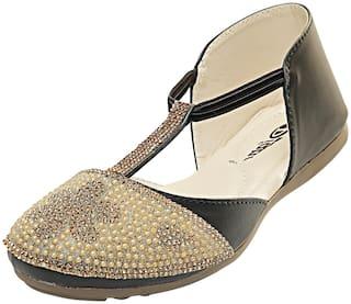 MONAQI Women Brown Sandals