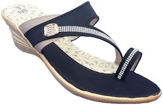 Dream Makers Women Black Sandals