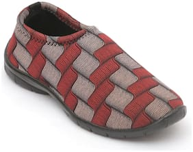Nexa Women Maroon Bellies