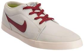 Nike Men Grey Sneakers - 706555-002