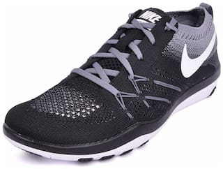 6d24fcab0760 Buy Nike Women Black Running Shoes Online at Low Prices in India ...
