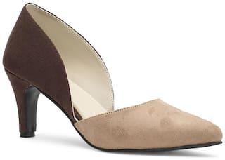 Nupie Women Beige Sandals