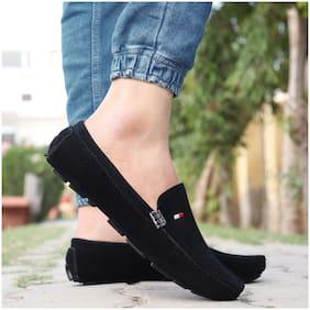 Ovexa Men Black Loafers