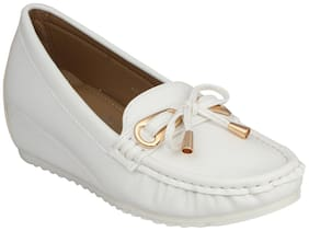 Pelle Albero Womens White Comfortable Loafer