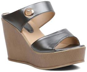 PELLE ALBERO Women Grey Wedges
