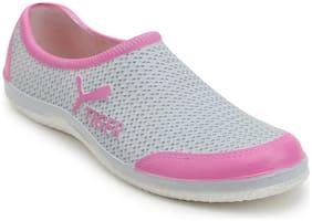 Pickadda Women Grey Casual Shoes