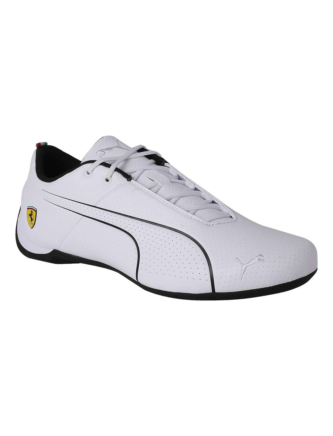 4f2cf40be5ab4f Buy Puma Men White Sneakers - 30624103 Online at Low Prices in India ...