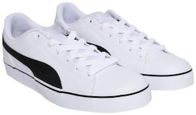 Men White Classic Sneakers