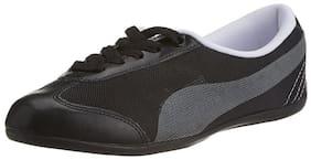 Puma Women's Black Karlie DP Walking Shoes