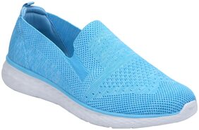 Red Tape Women Blue Walking Shoes