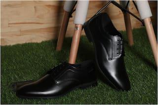 Red Tape Men Black Derby Formal Shoes - RTE2921
