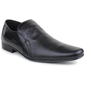 Red Tape Men Black Slip-On Formal Shoes