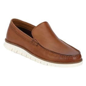 782a6664ab6 Loafers for Men - Buy Leather Loafers and Penny Loafers Online