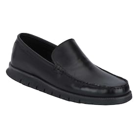 4a182a350069 Loafers for Men - Buy Leather Loafers and Penny Loafers Online