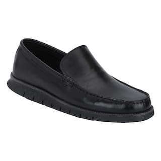 d5ffc3e2993 Buy Red Tape Men Black Loafer Online at Low Prices in India ...