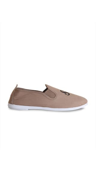 Scentra Women Beige Casual Shoes