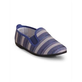 Scentra Women Blue Casual Shoes