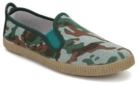 Scentra Green Casual Shoes