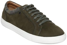Scentra Men Green Sneakers