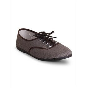 Scentra Maroon Canvas Casual Shoes