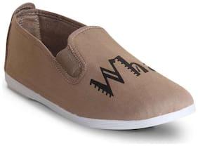 Scentra Men Beige Casual Shoes -