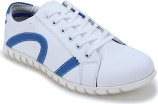 Scentra Men White Sneakers
