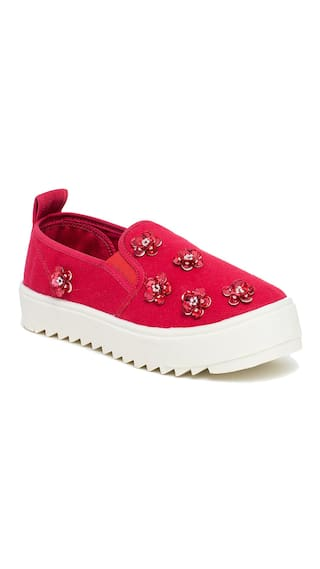 Scentra Women Red Casual Shoes