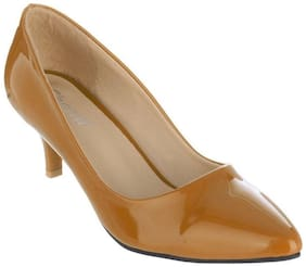 SHERRIF SHOES TAN LOW HEELED PUMPS