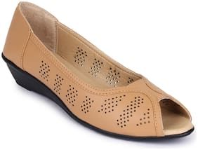 Shezone Women Brown Bellie