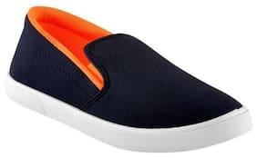 ShoeToez Men Black Loafer