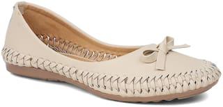 Sindhi Footwear Women Cream Bellies