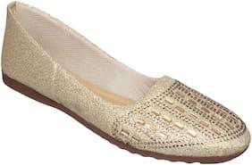 Sindhi Footwear Women Gold Bellie