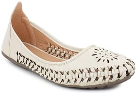 Skoll Women White Bellie