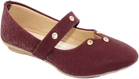 Skoll Women Maroon Bellies