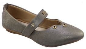 Skoll Women Grey Bellies