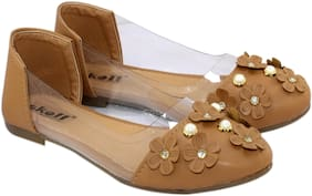 Skoll Women Beige Bellie