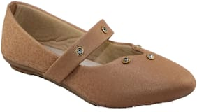 Skoll Women Beige Bellies