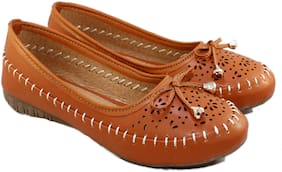 Skoll Women Tan Bellies
