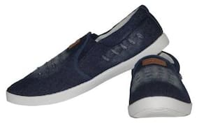 Sparx Men White Sneakers Shoes