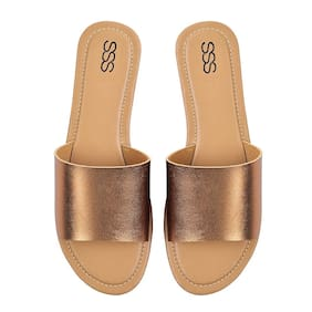 STREET STYLE STORE Gold Flats