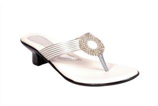 STUDIO9 Women Yellow Sandals