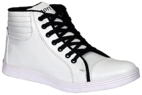 Sukun Men White Sneakers